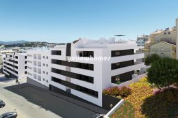 Newly built 3 bed apartments with large balconies near...